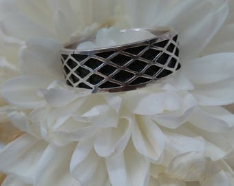 Vintage Celtic Oxidised Sterling Silver Ring.   UK Size P