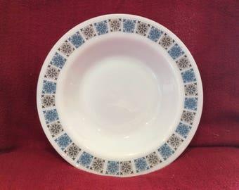Pyrex JAJ Chelsea Soup bowl 1/2 pint 8 7/16 diameter circa 1960