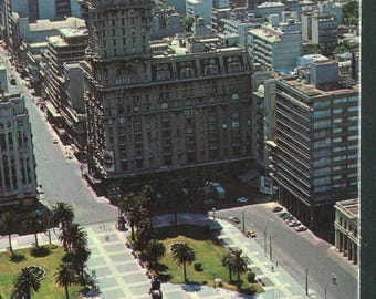 Uruguay Vintage Postcards  / 1 Unused Postcard Uruguay South America/Independence Square & 18th of July Avenue