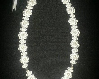 Macrame knot art pearl necklace