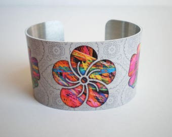 Bracelet, Cuff bracelet, Metal bracelet, Flower bracelet, flowers, Woman bracelet, flower cuff bracelet, gift for her,
