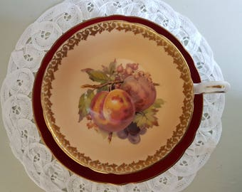 Shelley Crimson Teacup & Saucer with a Fruit Pattern, Peaches, 1945-1966, Maroon, Ornate Gold Gilt, English Bone China, Festive, Mid Century