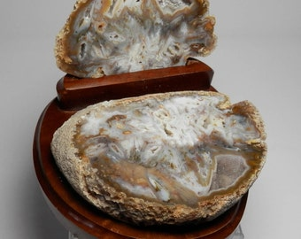 FPD-2   Polished Brazilian Geode Set Decorative Drusy Crystal Tube Agate Geode with Custom Stand