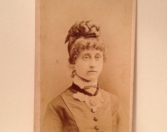 ON SALE WASHINGTON Pennsylvania Pa Antique Late 1800's Cdv Carte de visite photograph photo of a wealthy woman
