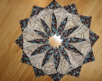 The New Trend Handmade Folded Wreath Centerpiece for Your Table