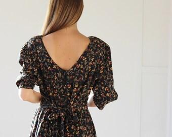 Vintage Jacqueline Black Floral Dress / Tie up Dress / Size 8 10 12 14