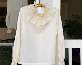 Ivory Blouse, 70s Vintage Womens Clothing, Romantic Lace Trimmed Long Sleeve