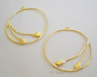 4pcs of gold tone earring chandelier 29x31mm