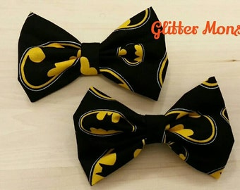Batman Bow Tie in Cotton, Super Hero Tie , Ring Bearer Tie, Groomsmen Tie, Graduation Bow Tie, Clip on Bow Tie
