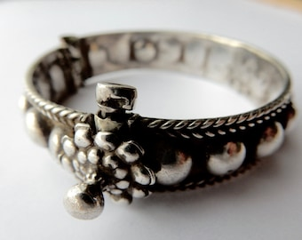 Small antique silver - India bracelet.
