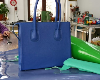 Blue LEATHER HANDBAG, Blue Leather Bag, Blue Leather Tote Bag, Blue Leather Tote, Woman Leather Bag,Zipper Leather Tote, Medium Leather Bag