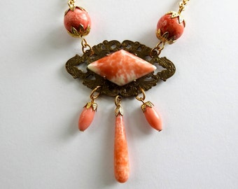 1960s Victorian Revival Coral Art Glass Gold tone Necklace