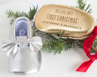 First Christmas Bootie Tree Decoration, Baby's First Christmas, Personalized Decoration, Silver or Gold Bootie Decoration (OHSO711) 42E1-2