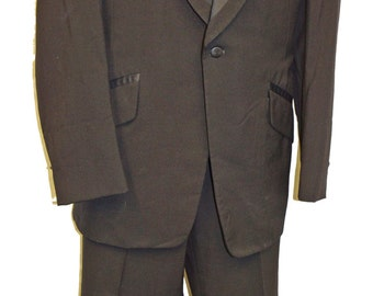 1970s Tuxedo Ensemble 42L Vintage Retro Lord West