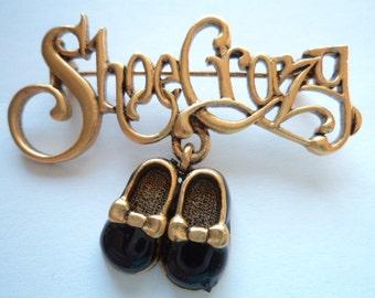 """Vintage Danecraft Gold pewter Dangler """"Shoe Crazy"""" Brooch/Pin"""