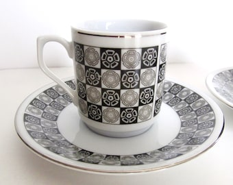 Set of 2 Ying Yang Black and White Porcelain Espresso Cup and Saucer