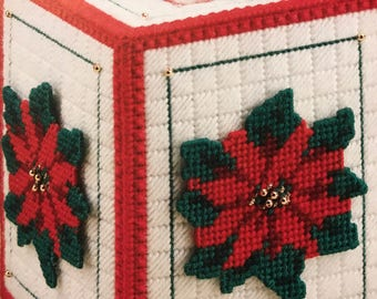 Poinsettia Tissue Box Cover Christmas tissue box cover flower tissue Box Cover Boutique tissue box cover bathroom Decoration needlepoint