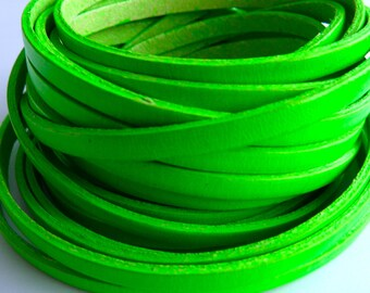 Leather Strip 5 mm Green fluoride, sold by 20 cm