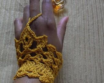 Gantelline - patron de mitaines en dentelle au crochet