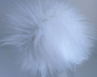 Luxury Snow White Faux Fur Pom Pom