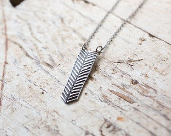 fletching arrow necklace - arrow pendant - long arrow necklace - long arrow charm - bohemian necklace - boho pendant - bohemian long charm