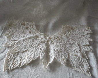 Vintage Collar Floral Cut Work Tatted Embroidered Hand Sewn Ladies Collar