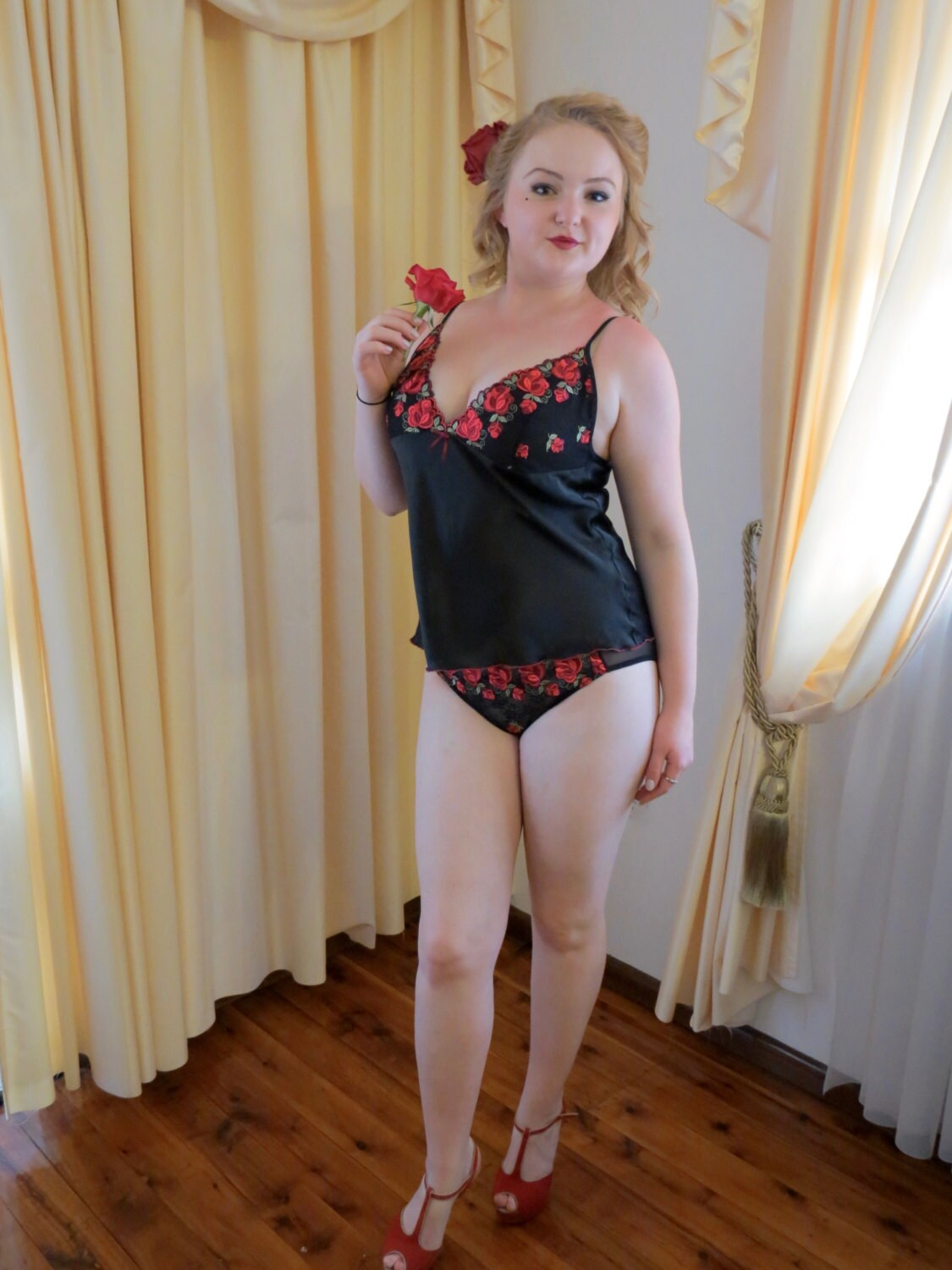 vintage new 80s 90s short stories sexy black and red rose