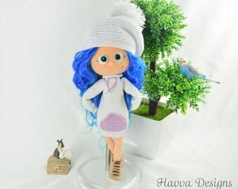 Crochet Pattern  - Lea Doll (Amigurumi Doll Pattern)