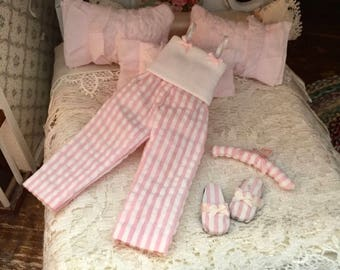 Miniature Pajamas, Pink PJs, 3 Piece Set, Dollhouse Miniature, 1:12 Scale, Miniature Accessory, Decor, Crafts