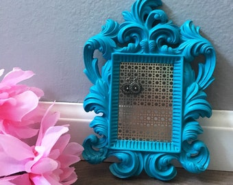 Vintage Frame Jewelry Stand / Earring Holder.  Handmade Jewelry Organizer Display. Two Sizes Available