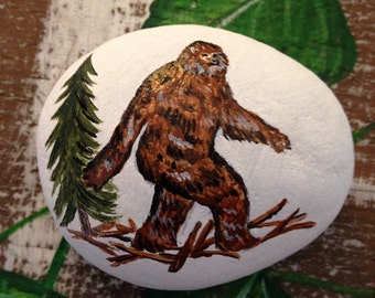 "Painted Rock Big Foot Sasquatch PAPERWEIGHT Painted Rock 2.5"" x2"""