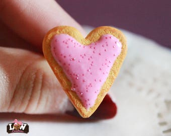 "Ring - Biscuit ""heart"" and his Rose ganache"