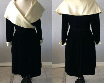 Vintage Victor Costa for Saks Fifth Avenue Velvet 1980's/90's Formal Dress