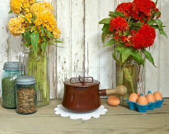 Vintage brun Dansk Kobenstyle émail casseroles beurre chauffe-Pot avec couvercle - IHQ émaillé Jens Quistgaard Enamelware