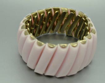 Pink Thermoset Expandable Bracelet