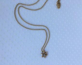 Dainty Gold Flower Pendant