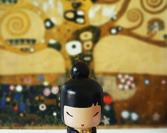 Kokeshi Peg doll wooden doll Handpainted inspired in Gustav Klimt in black