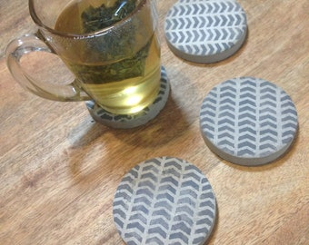 Arrow pattern concrete coaster