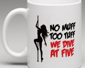 wife-muff-diving