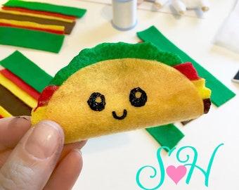 """Kawaii Happy Face """"Techy Taco"""" USB Cord or Ear Bud Organizer~ Felt Taco with Snap Closure"""