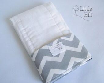 Premium Burp Cloth, Spit-up Stopper Pocket, Baby Shower Gift, Breastfeeding Gift , Great for Nursing Moms, Nursing Accessory