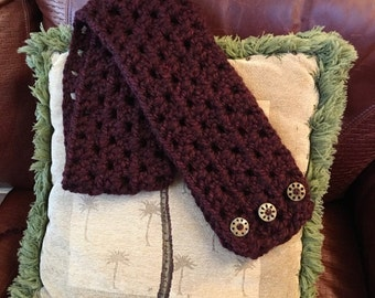 Chunky wine colored cowl with butttons