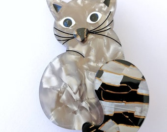 Beautiful kitty cat pin brooch made from acetate