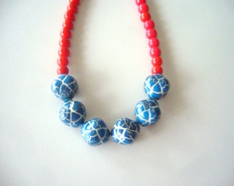 Blue necklace with red