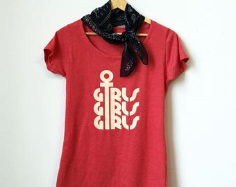 GIRLS GIRLS GIRLS tee - red heather