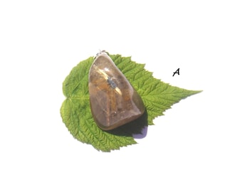 Golden rutile quartz: Charm