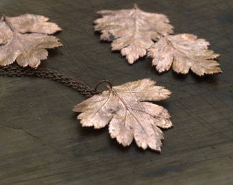 Hawthorn leaf pendant, electroformed copper,botanical jewelry,gift for her, boho style,natural style,electroforming,elven elf necklace,druid