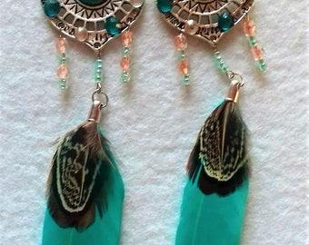 Fan earrings with Feather