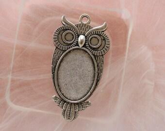 OWL pendant silver medium cabochon