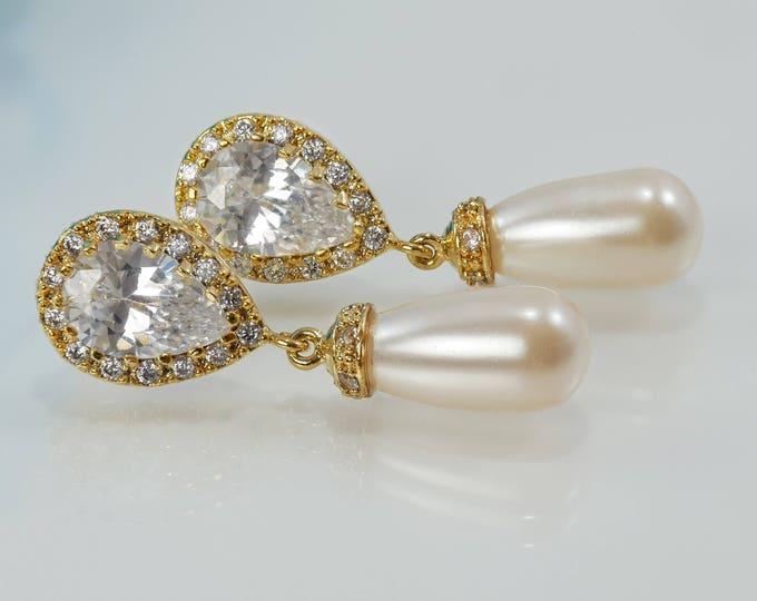 Crystal pearl teardrop Earrings, gold, silver, Rose gold,  vintage style, wedding, brides, mother  bride, Prom earrings